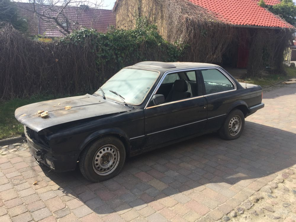 BMW E30 M30 Turbo745i
